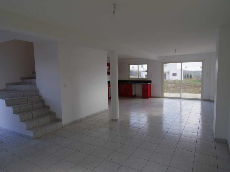 Location maison / villa Montastruc la conseillere 907€ CC - Photo 3