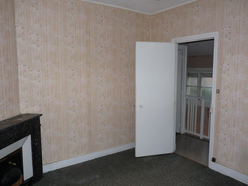 Vente maison / villa Chambon-feugerolles (le) 69000€ - Photo 5
