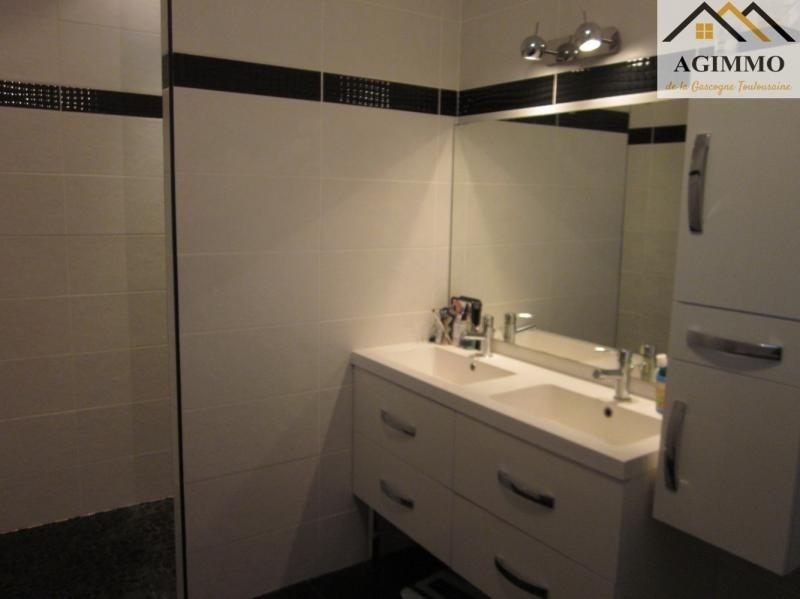 Sale house / villa L isle jourdain 288750€ - Picture 5