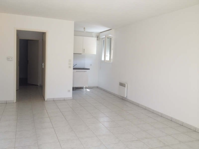Rental apartment Ares 775€ CC - Picture 4