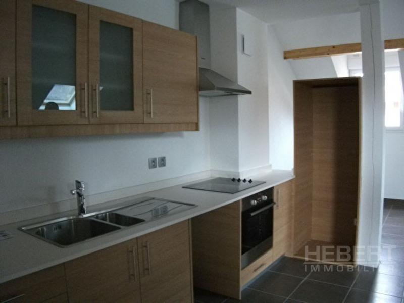 Rental apartment Sallanches 1145€ CC - Picture 5