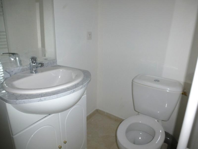 Location appartement Saint-germain 343€ CC - Photo 5