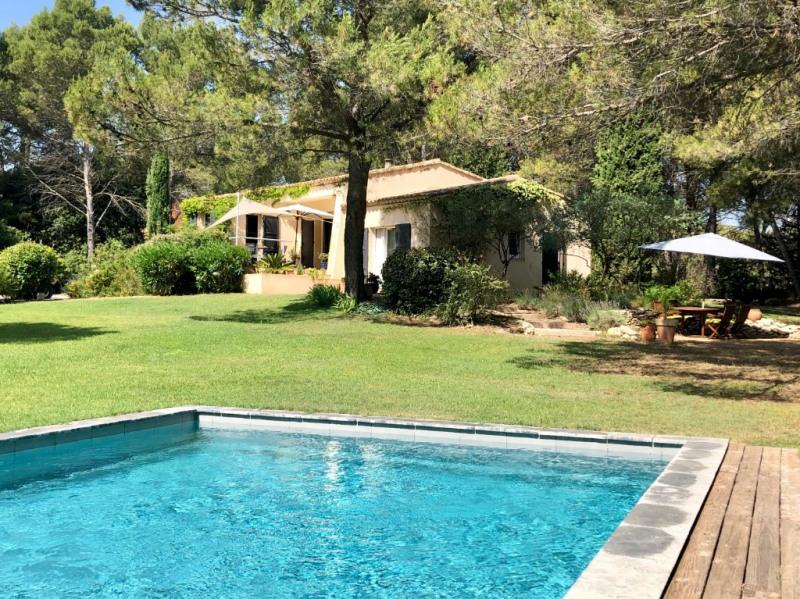 Deluxe sale house / villa Lambesc 659000€ - Picture 1