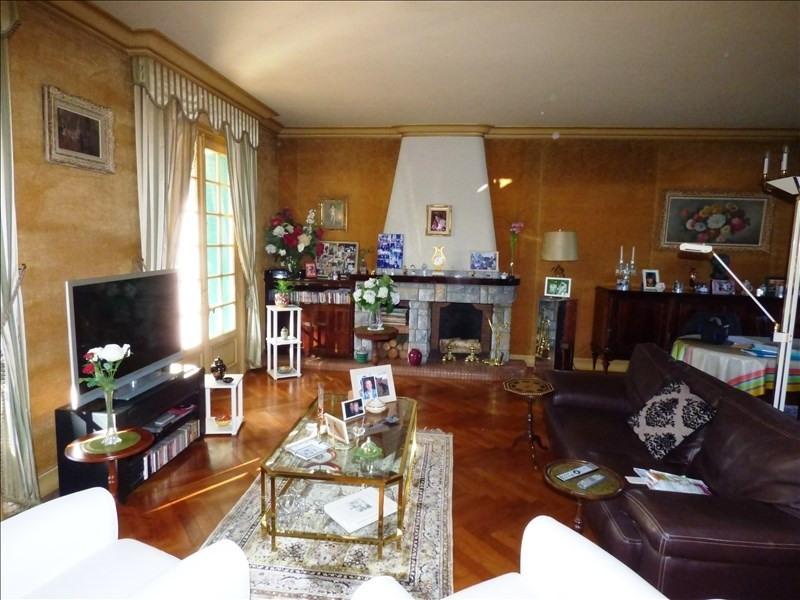 Sale house / villa Aussillon 230000€ - Picture 2