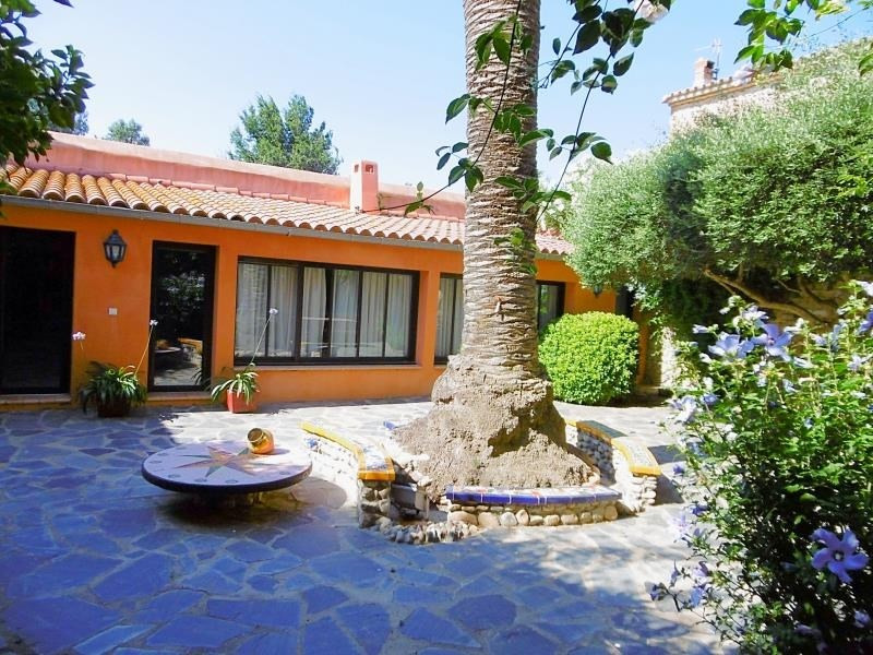 Sale house / villa Bompas 470 000€ - Picture 8