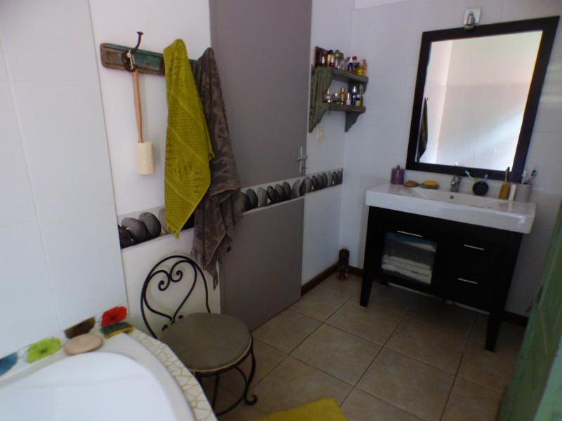 Sale house / villa Les avirons 283500€ - Picture 5