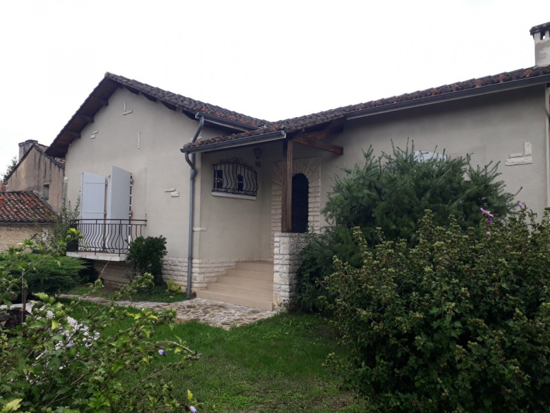 Location maison / villa Champniers 870€ CC - Photo 2