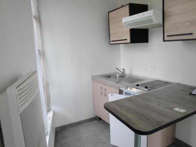 Location appartement Niort 510€ CC - Photo 2