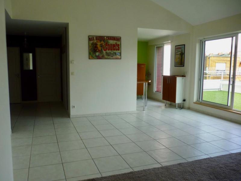 Sale apartment Nantes 372600€ - Picture 2