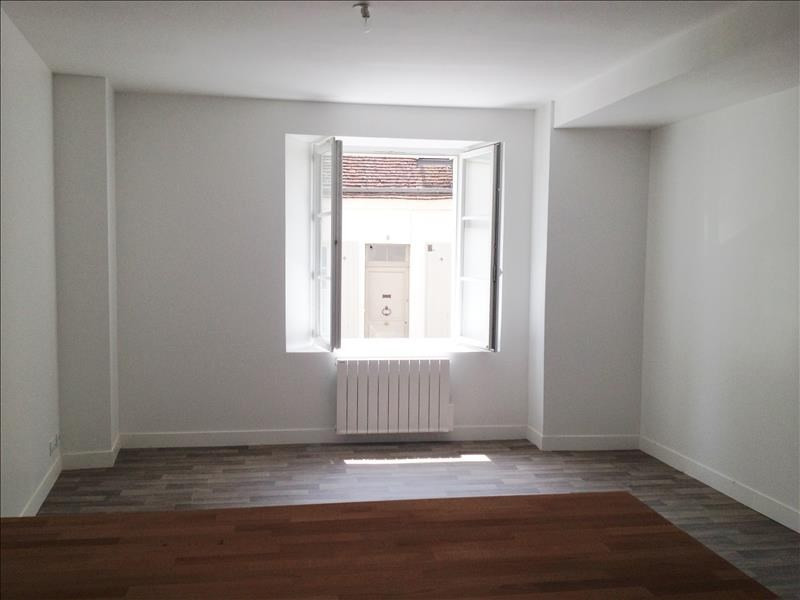 Rental apartment Chateaudun 485€ CC - Picture 2
