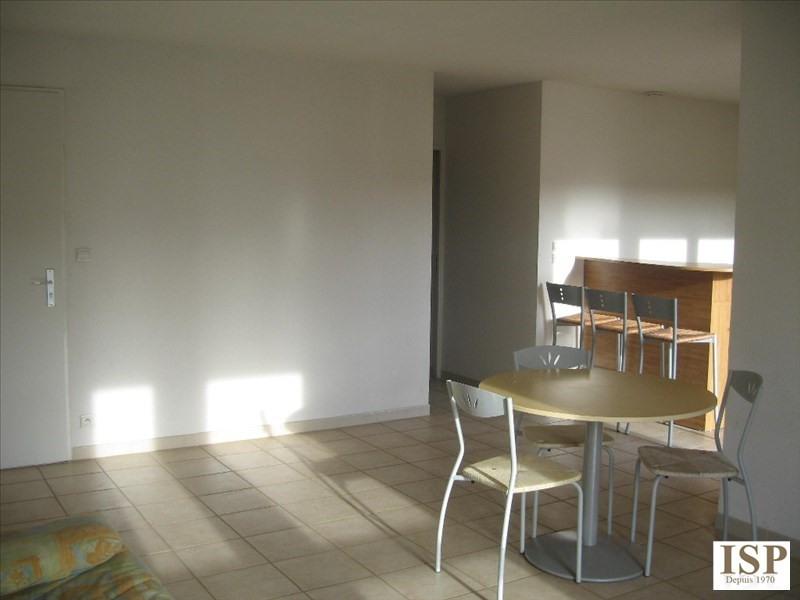 Location appartement Aix en provence 1033€ CC - Photo 3