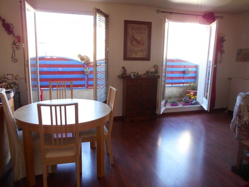Sale apartment Courcouronnes 147000€ - Picture 2