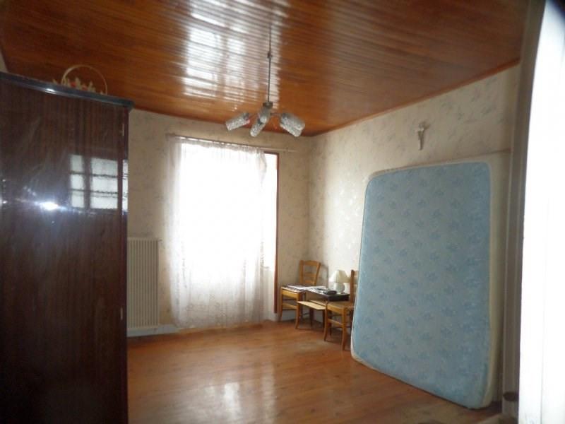 Sale house / villa Presailles 80000€ - Picture 6