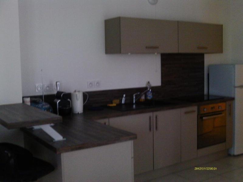 Rental apartment St etienne 615€ CC - Picture 2