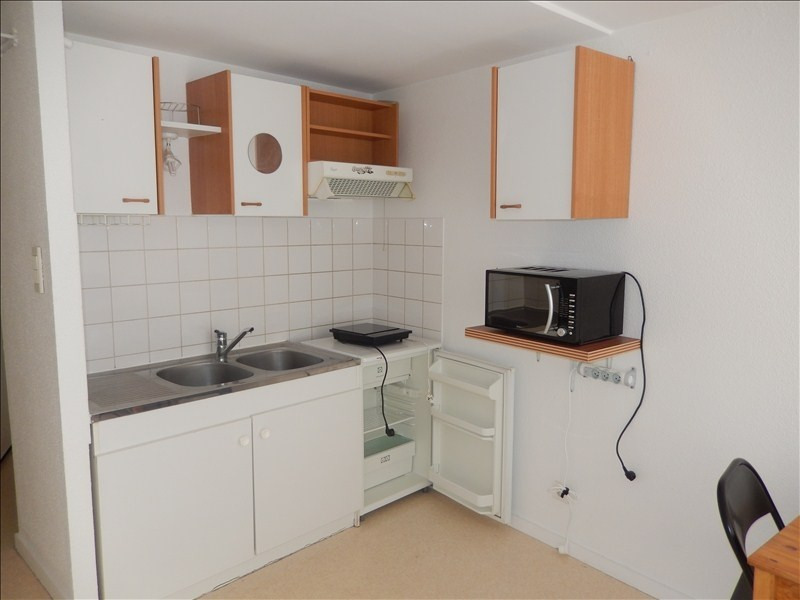 Location appartement Le puy en velay 271,79€ CC - Photo 3