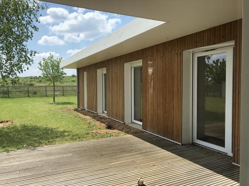 Location maison / villa Chasseneuil du poitou 1200€ CC - Photo 2