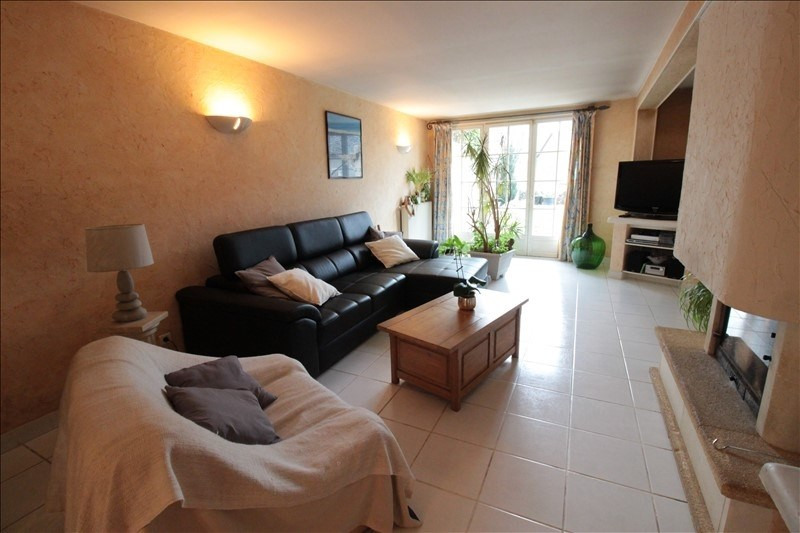 Sale house / villa Clarafond 639000€ - Picture 2