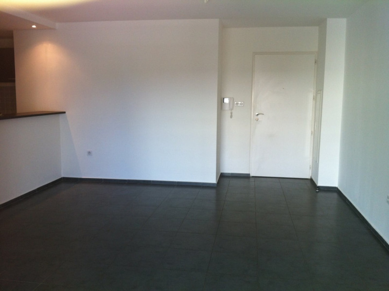 Location appartement Ste clotilde 718€ CC - Photo 2