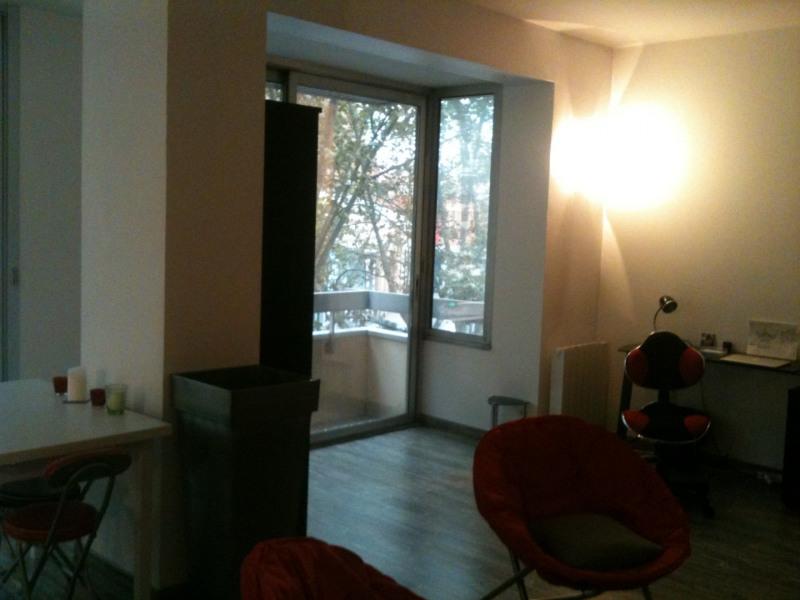 Location appartement Toulouse 848€ CC - Photo 2