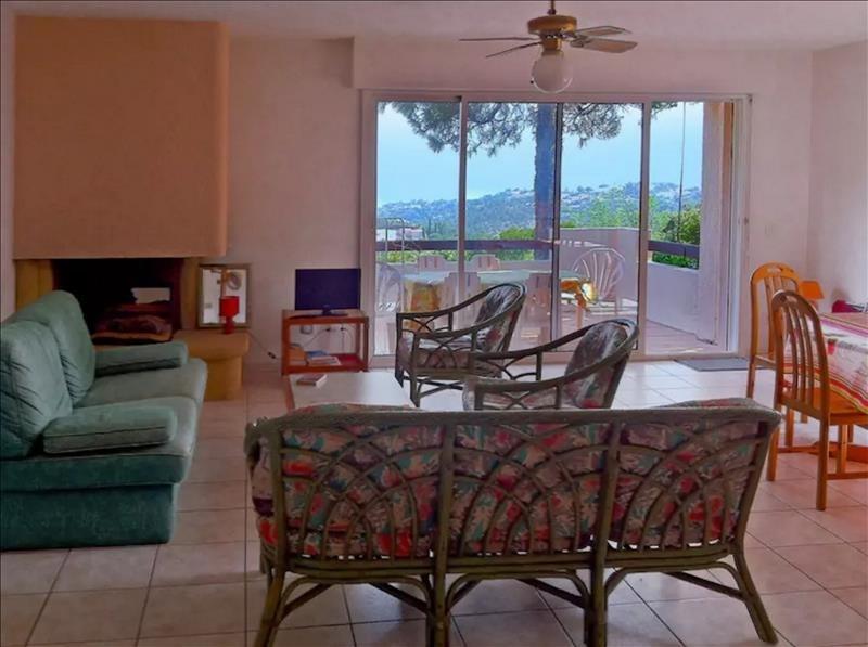 Sale house / villa Les issambres 451500€ - Picture 2