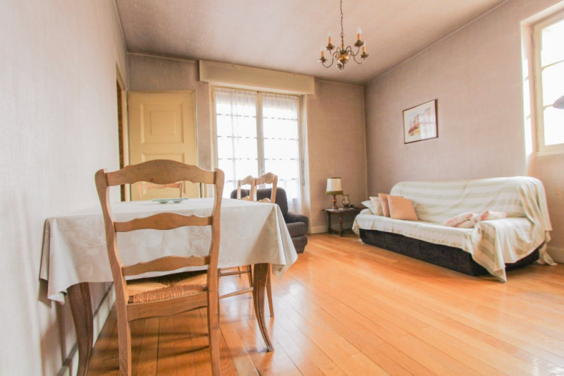 Sale apartment Chambéry 147 500€ - Picture 2