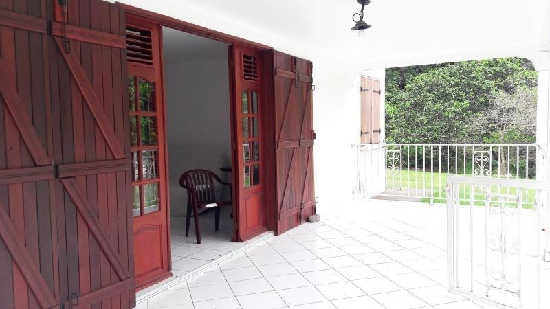 Location appartement Le moule 580€ CC - Photo 2