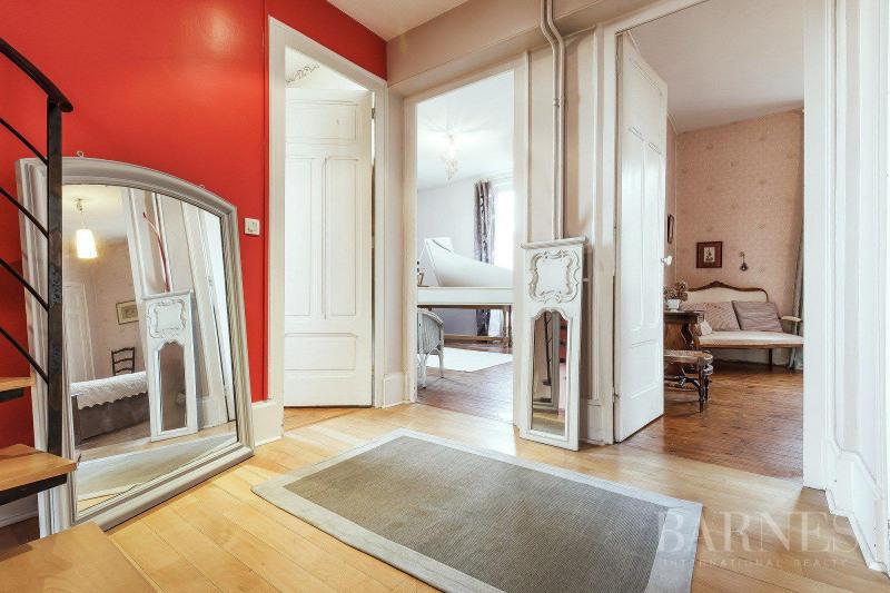 Deluxe sale house / villa Tassin-la-demi-lune 894000€ - Picture 3