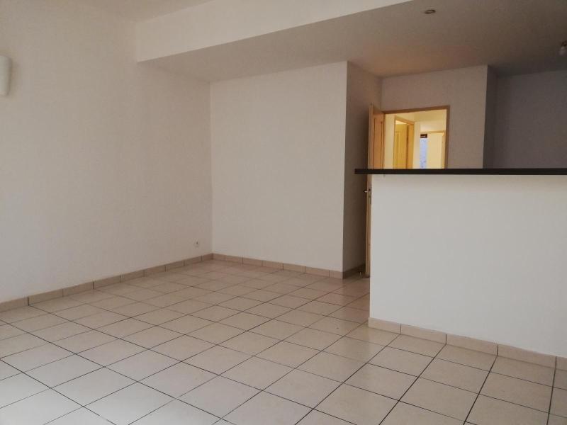 Location appartement Bordeaux 811€ CC - Photo 3
