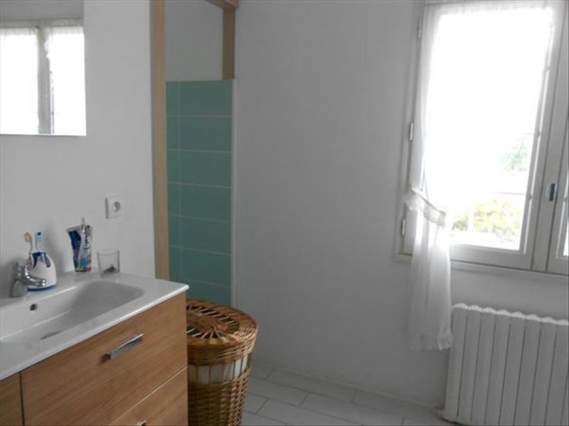 Sale house / villa Ergue gaberic 221200€ - Picture 3