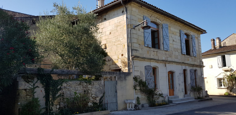 Rental house / villa Isle-saint-georges 1 000€ CC - Picture 2
