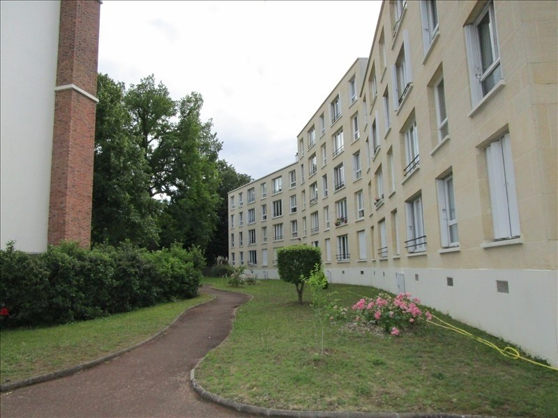Rental apartment Le vesinet 640€ CC - Picture 2