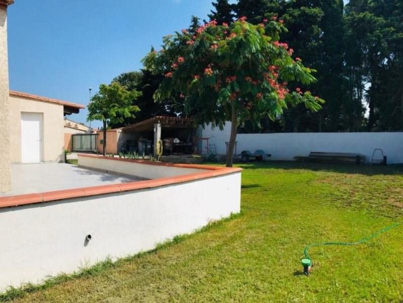 Villa 3 faces en plain pied de type 4 sur parcelle de 640 m²