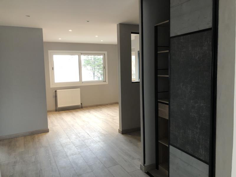 Vente appartement Oyonnax 130000€ - Photo 2