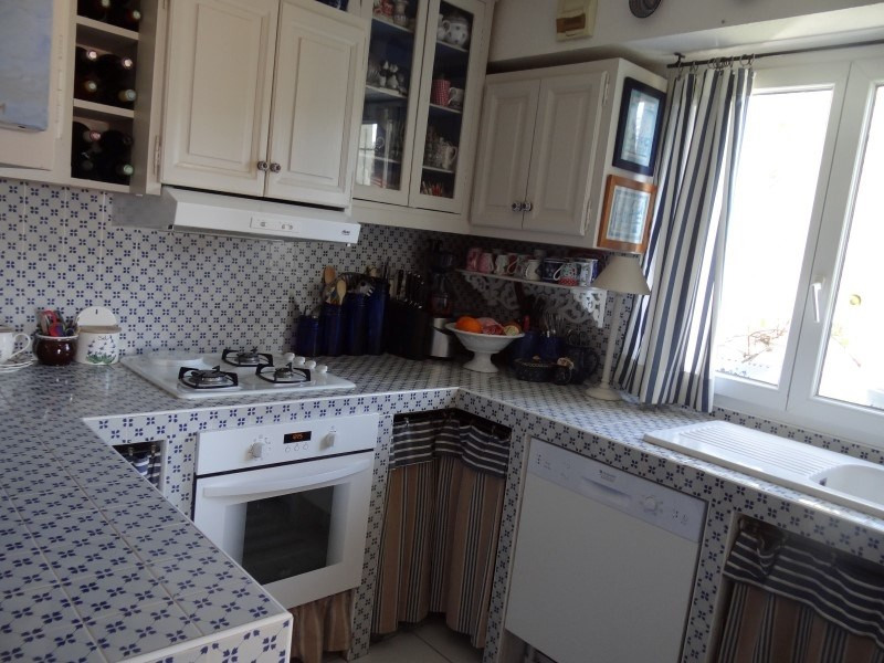 Sale apartment Bormes les mimosas 444 000€ - Picture 5