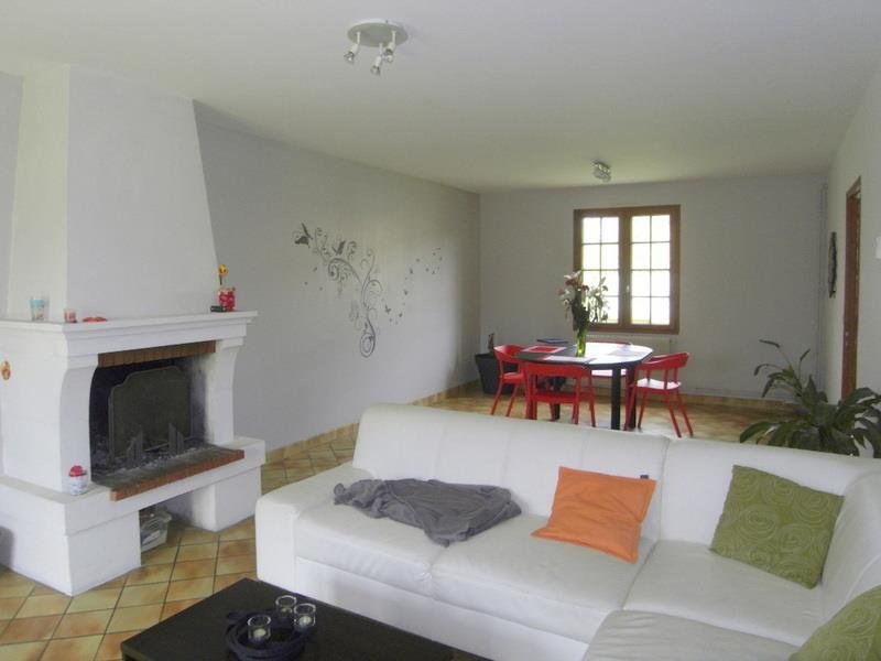 Location maison / villa Jarnac 705€ CC - Photo 2