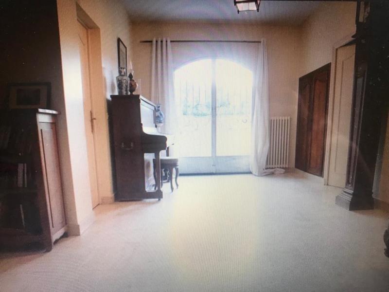 Sale house / villa Rosay 499000€ - Picture 2
