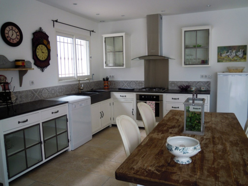 Rental house / villa Cabries 1 250€ CC - Picture 7