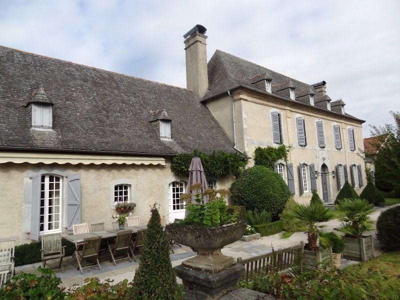 Deluxe sale house / villa Azereix 609000€ - Picture 1