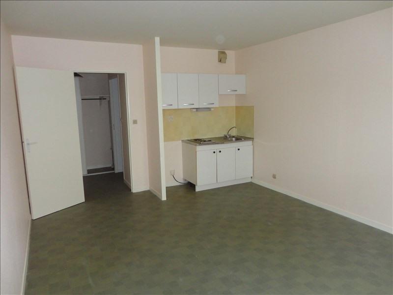 Rental apartment Creil 430€ CC - Picture 2