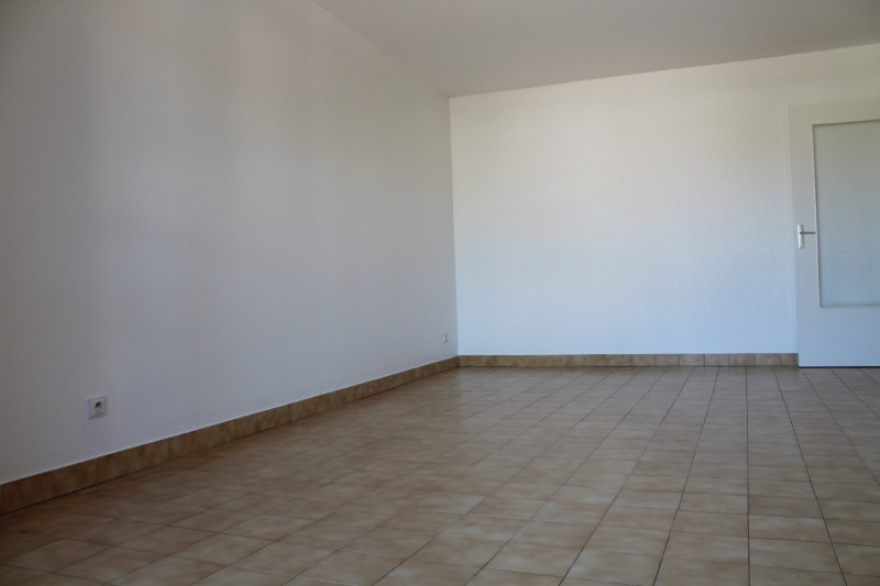 Location appartement Bourgoin jallieu 649€ CC - Photo 4
