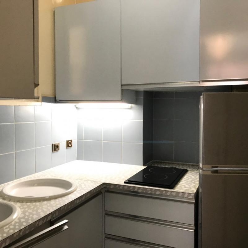 Location appartement Paris 15ème 1100€ CC - Photo 9