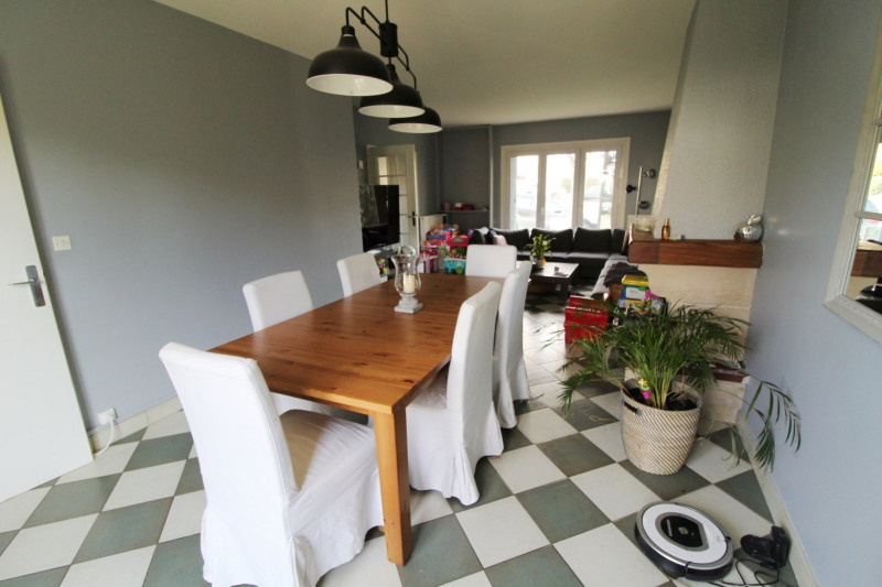 Rental house / villa Jouars pontchartrain 1 402€ CC - Picture 1