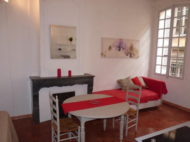 Location appartement Aix en provence 612€ CC - Photo 1