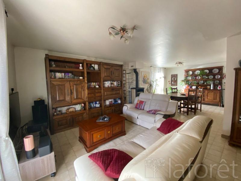 Sale house / villa L isle d'abeau 350000€ - Picture 4