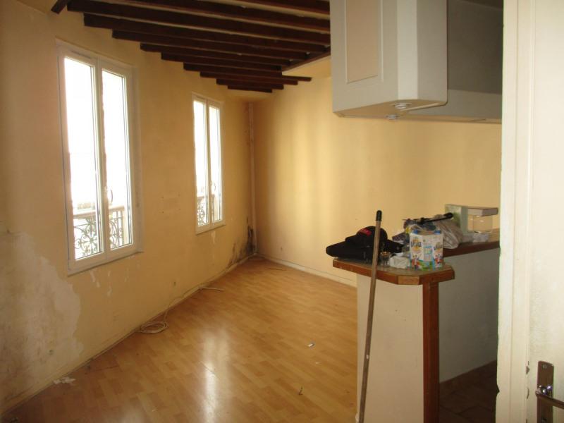 Vente appartement Paris 18ème 296800€ - Photo 2