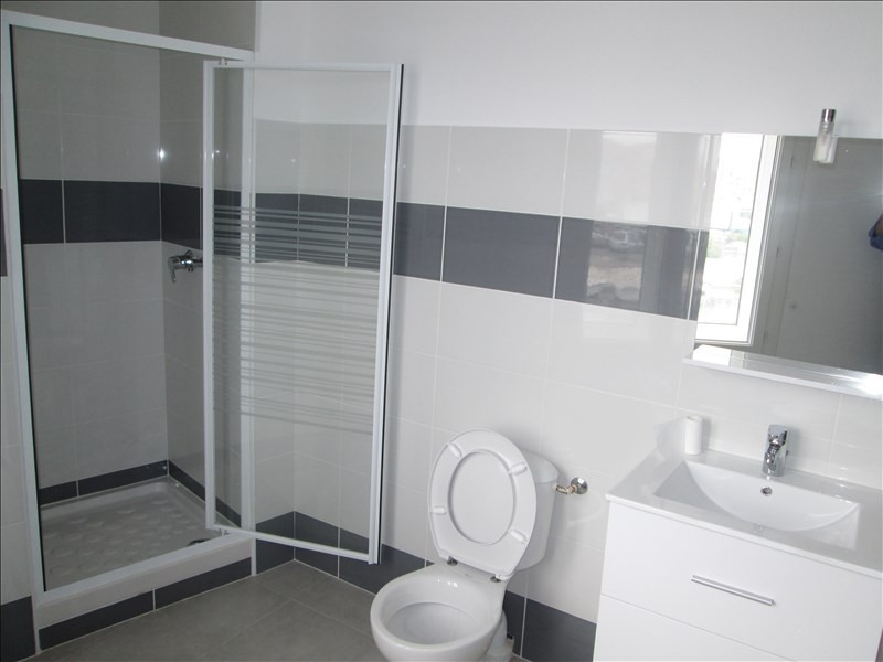 Location appartement Sete 660€ CC - Photo 2