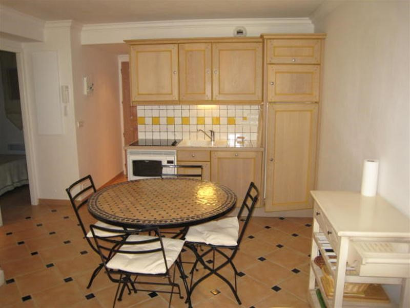Location vacances appartement Cavalaire 520€ - Photo 4