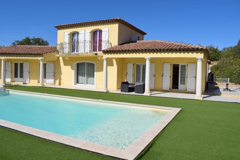 Verkauf von luxusobjekt haus Bagnols-en-forêt 598000€ - Fotografie 1