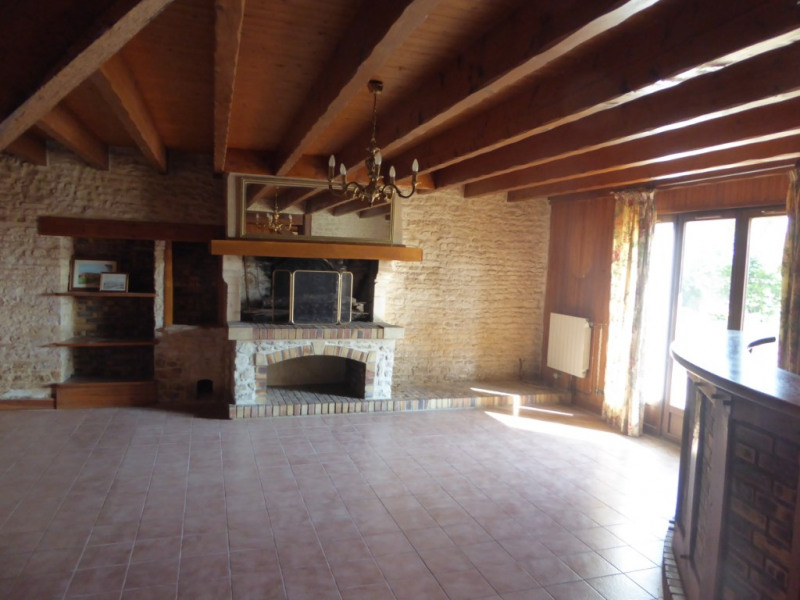 Vente maison / villa Ferrieres 335000€ - Photo 4