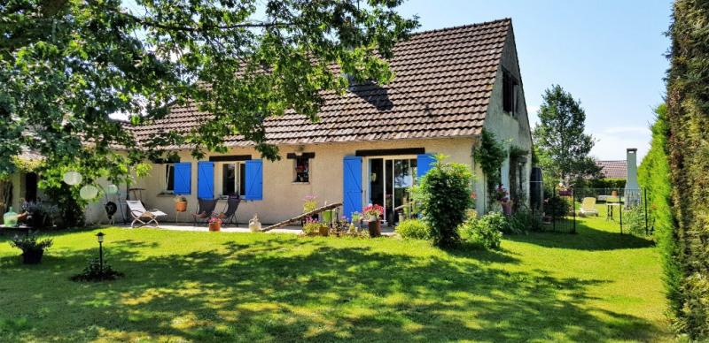 Sale house / villa Ouvrouer les champs 245000€ - Picture 1